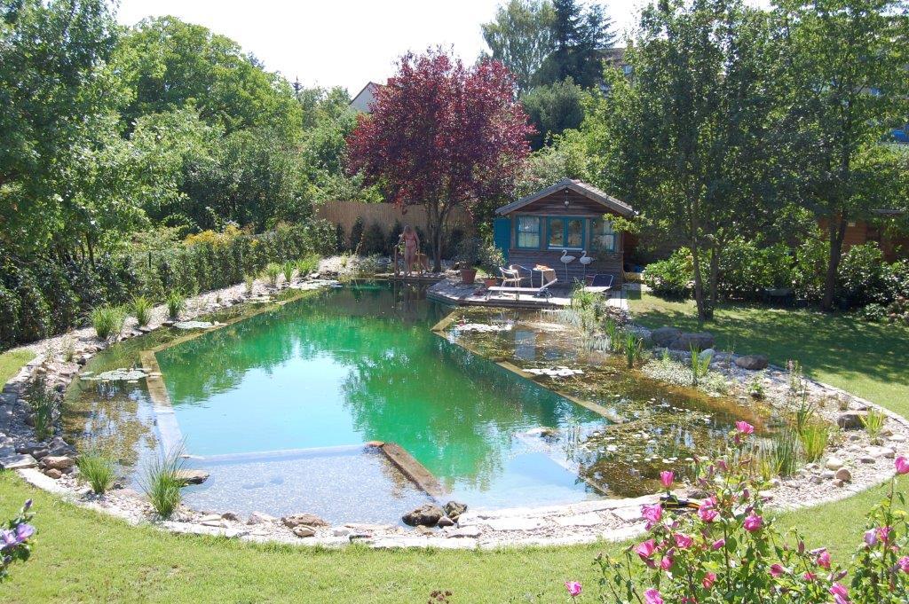 Folienabdichtung zum Beispiel für einen Schwimmteich